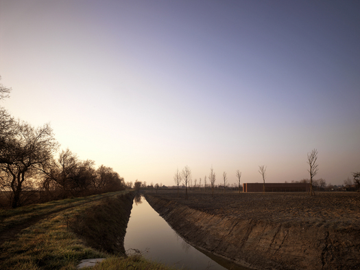 The WFP in the landscape of Sant'Erasmo island (Photo by Pietro Savorelli)